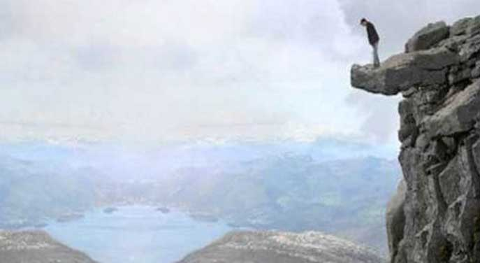 Areyou standing on the edge of the cliff with your business?